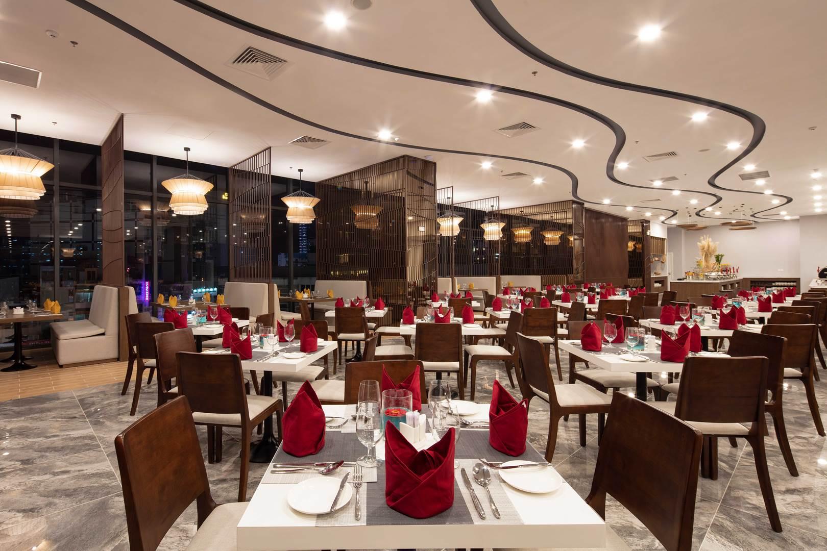Oceania Restaurant